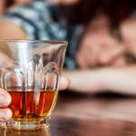Головная боль от алкоголя - признак отравления нервной системы
